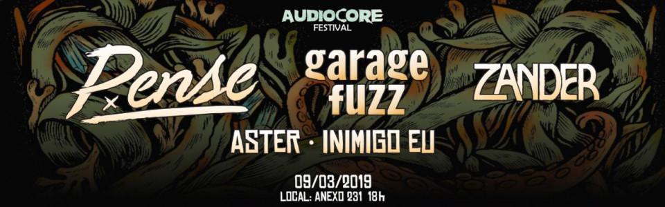 Pense + Garage Fuzz + Zander em Porto Alegre
