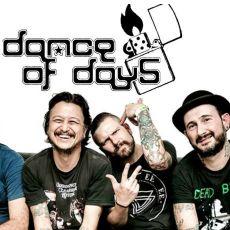 """Dance of Days toca """" A Valsa das Águas Vivas"""" em Santos/SP"""